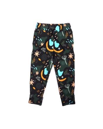 spodnie dresowe w ciemnym kolorze