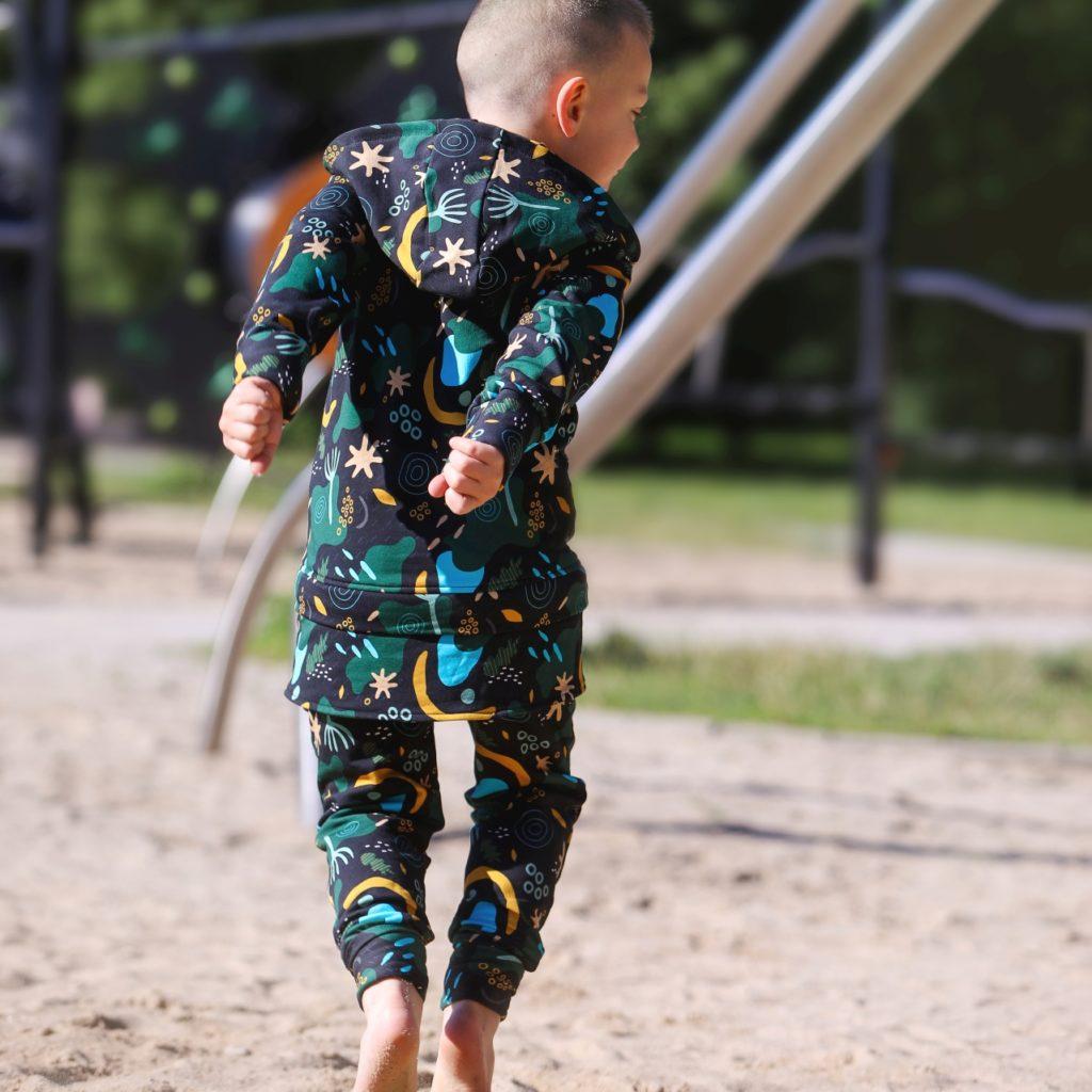 ubrania rosnące z dzieckiem